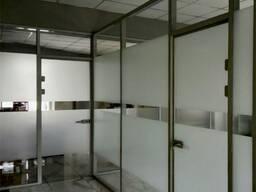 Перегородки из стекла в алюминиевом профиле в Бишкеке