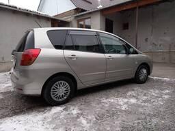 Продаю Toyota Corolla Spacio, 2003 года