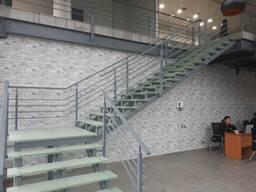 Стеклянные лестницы из закаленного стекла в Бишкеке