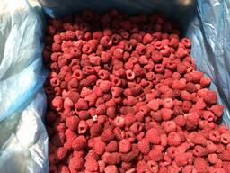 Закупаем малину замороженную разные сорта, оптом от 20 тон.
